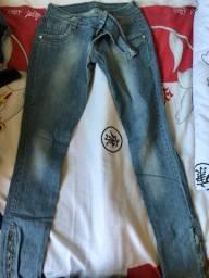 Calça Jeans, tamanho 40, em ótimo estado!