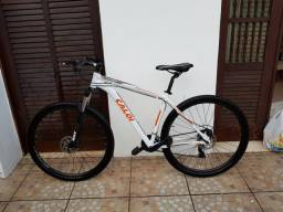 Bicicleta Aro 29 Caloi Explore 10 semi-nova, uso quase nada