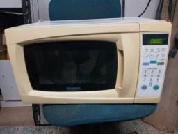Micro ondas Dako 18 litros 220v