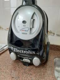 Aspirador eletrolux easybox  1600W