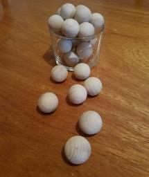 Bolinhas de madeira aromáticas (cada)