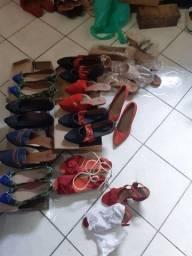 Sapatos novos para revenda