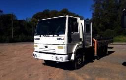 Título do anúncio: Caminhão Ford Cargo 815 S Motor Cummins - Munck - Cabine Suplementar - Carroceria