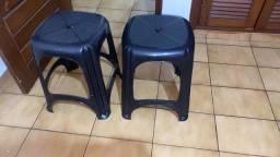 Título do anúncio: 2 cadeiras e 2 bancos