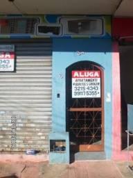 Apartamento sobre loja na Avenida Alberto Miguel em Campinas
