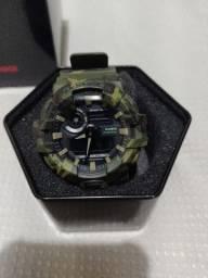 <br><br>Relógio CASIO G-Shock Camuflado GA-700CM-3ADR