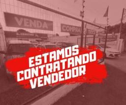 Título do anúncio: Vendedor (a) de Automóveis P/ Curitiba