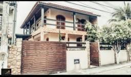 Duplex com 03 quartos, piscina, churrasqueira. Condomínio Orla Azul