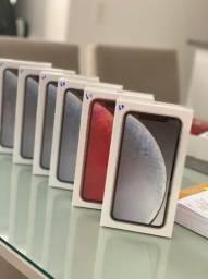 iPhone XR Red / Branco, 64GB 1 Ano de Garantia Apple