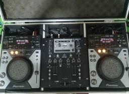 Mixer behringuer nox 202 + par cdj pioneer 400 + case