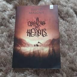 O coração dos Heróis