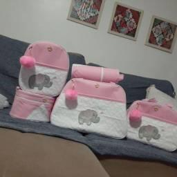 Kit para bebê contendo 5 peças