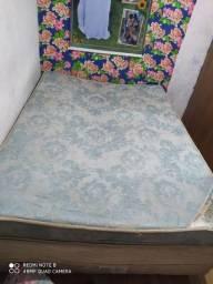 cama queen e sofá 3 lugares