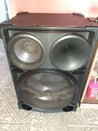 Vende um amplificador ou troca se com algo do meu interesse