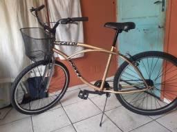Título do anúncio: Bicicleta Grande com cestinha, perfeito estado. Entrego