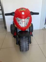 Moto elétrica BanMoto bandeirantes