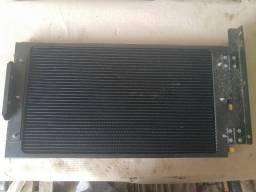 Título do anúncio: Condensador ar condicionado Escavadeiras JCB p/n 333/k5406