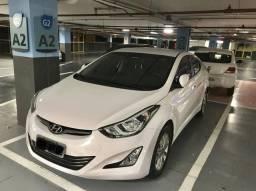 Hyundai Elantra GLS 2.0 16v automático Flex 2016 - apenas 7.600 km - 2016