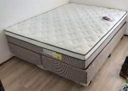 Cama Queen Size + 2 travesseiros // 10 meses de uso // Ótimo estado