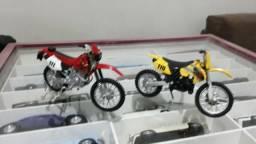 12 motos miniaturas