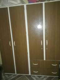 Guarda Roupa 4 portas, 4 gavetas