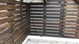Vendo lote de madeira de demolição