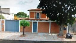 Sobrado à venda, 2 quartos, 4 vagas, Vila Bandeirante - Campo Grande/MS