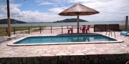 Aluga-se casa de praia na beira mar do pontal da ilha de Itamaracá