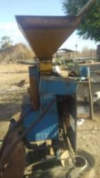 maquina de pilar arroz nogueira