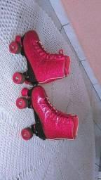 Vendo um patins usado poucas vezes