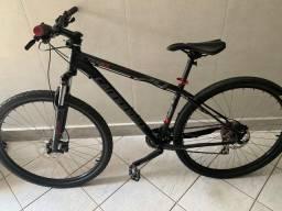 Bicicleta Cannondale trai 6 aro 29 estado de zero