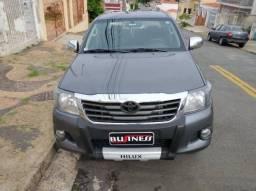 Toyota Hilux Cabine Dupla 2.7 SR 4X2 CD 16V FLEX 4P AUTOMÁTICO