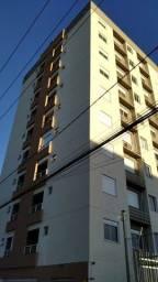 Oferta! Apto com elevador 2 quartos, sacada, churrasqueira, box, Santa Maria-RS.