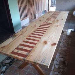 Vende-se mesa de madeira pinus