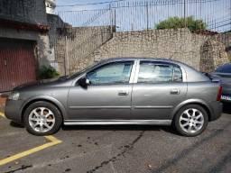 GM-Chevrolet Astra Advantage Hatch 5 Portas Completo GNV 16M3 Bco Couro Rodas 16