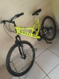 Bicicleta colli  novinha