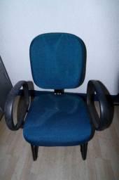 Cadeira de Escritório c/ Braços em Tecido Azul 93.5 cm x  59 cm x  57 cm