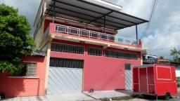 5 quartos e 4 vagas/ Linda casa Triplex com 473m2 na Cidade Nova/ Amplo terraço