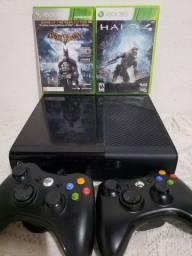 Xbox 360+2controles+garantia (loja física)aceito cartão de crédito.