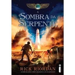 Título do anúncio: A Sombra da Serpente - As Crónicas dos Kanes - Livro Três