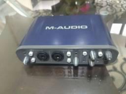 Placa de Áudio Fast Track Pro - M-Audio