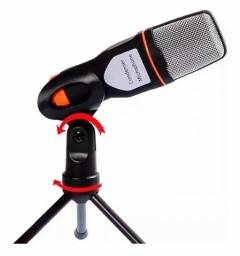 Microfone de mesa com tripé