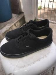 Título do anúncio: Sapato/Tênis Vans Classic tam 42 preto