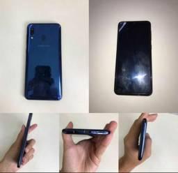Samsung A20 com carregador e capa