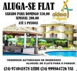 """Título do anúncio: Alugo Flat """"Aldeias das Águas Park Resort"""""""