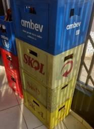 Título do anúncio: Vendo Grade de Cerveja de garrafa 600ml e garrafa Skol Litrão