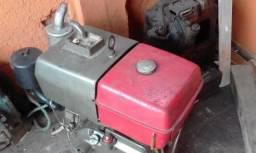 Excelente motor para barcos, lanchas ou catraios