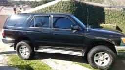 Hilux SW4 3.0 turbo diesel 97 - 1997