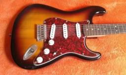 Squier Strat - By Fender