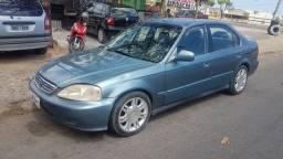 Honda civic com Rodao - 2000